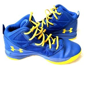 Under Armour basketball ball shoes, size 7